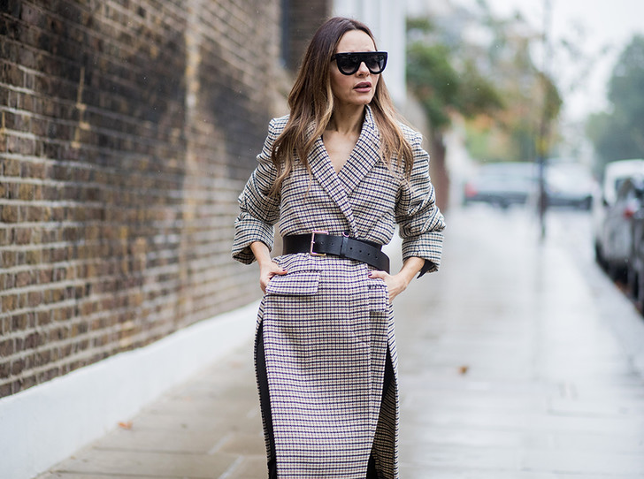 Фото №1 - А у вас уже есть пальто в клетку? 20 вариантов в самом модном принте сезона