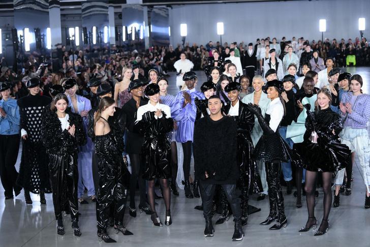 Фото №23 - 7 запоминающихся шоу на Неделе моды в Париже