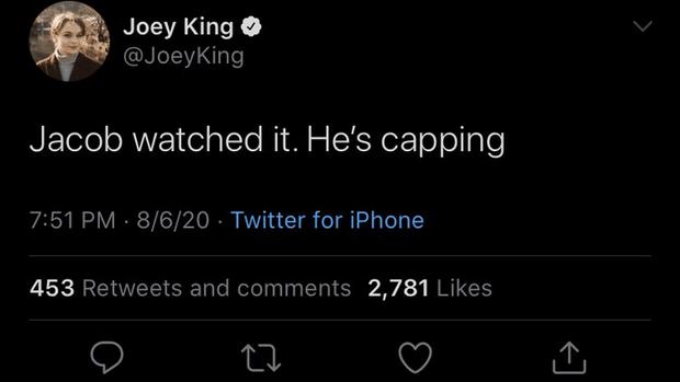 Фото №1 - Джои Кинг отреагировала на признание Джейкоба Элорди в том, что он не смотрел «Будку поцелуев 2»