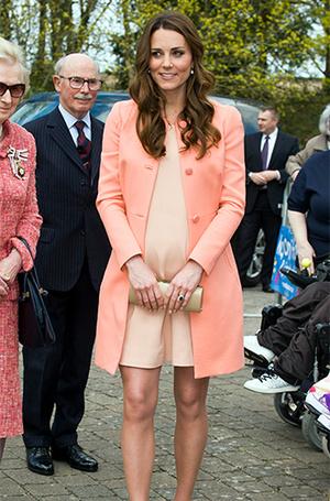 Фото №6 - Почему герцогиня Меган может позволить себе мини
