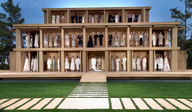 Фото №72 - Кендалл Дженнер и Джиджи Хадид на кутюрном показе Chanel
