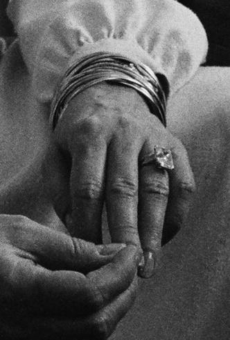 Фото №3 - Кейт, Камилла или Грейс Келли: чье помолвочное кольцо самое дорогое