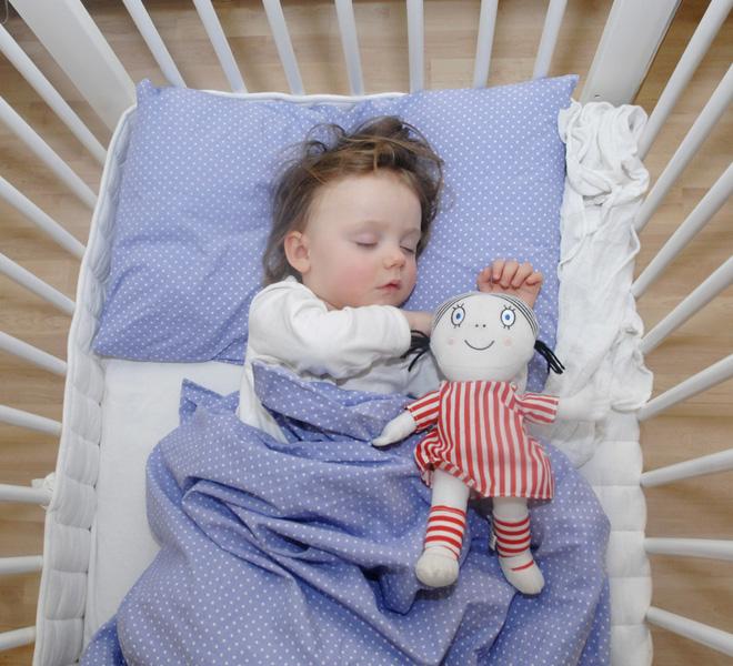 Фото №2 - Почему ребенок плохо спит по ночам: 10 причин