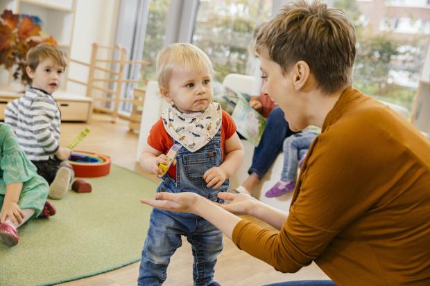 Фото №1 - Как на войну: что делать, если ребенку плохо в детском саду
