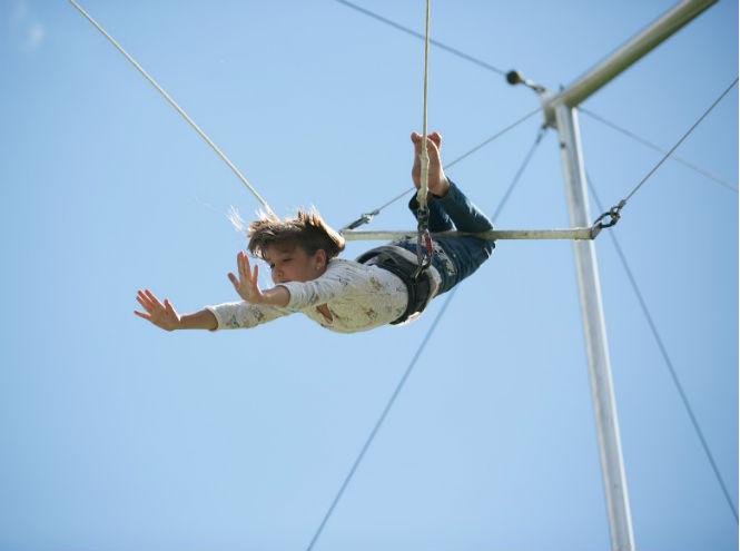 Фото №3 - В Парке Горького открылась летняя цирковая школа  «Трапеция Актуаль»