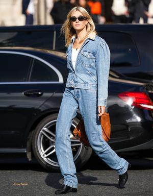 Фото №5 - С чем носить базовые прямые джинсы: модные идеи на любой случай