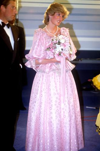 Фото №22 - До/после: как принцесса Диана дарила вторую жизнь старым нарядам