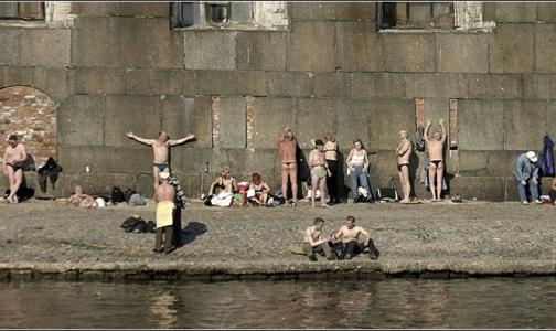 Фото №1 - Гринпис: Купание в петербургских водоемах грозит онкологией
