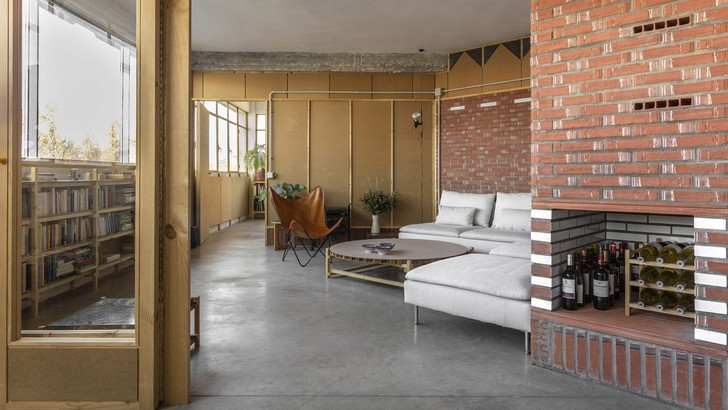 Фото №1 - Квартира в старой мастерской в Испании