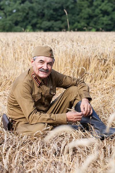 Фото №1 - Александр Панкратов-Черный сломал два ребра на съемках