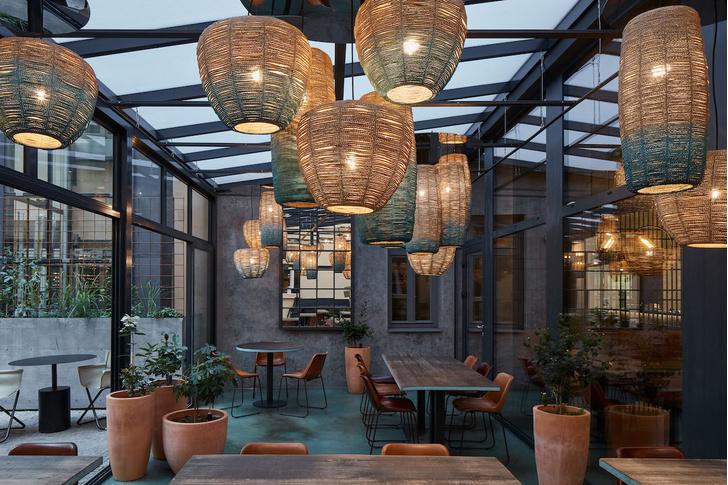 Фото №8 - Брутальный ресторан в Праге