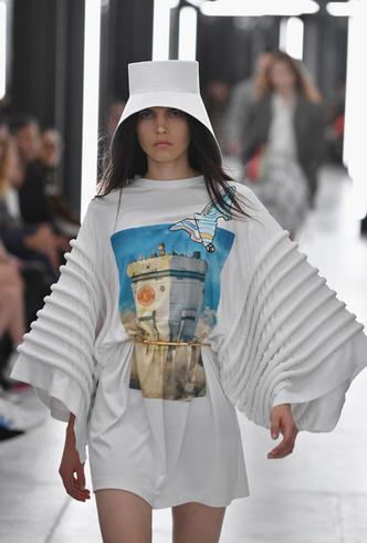 Фото №4 - Футуризм и утопические принты в коллекции Louis Vuitton SS 2019