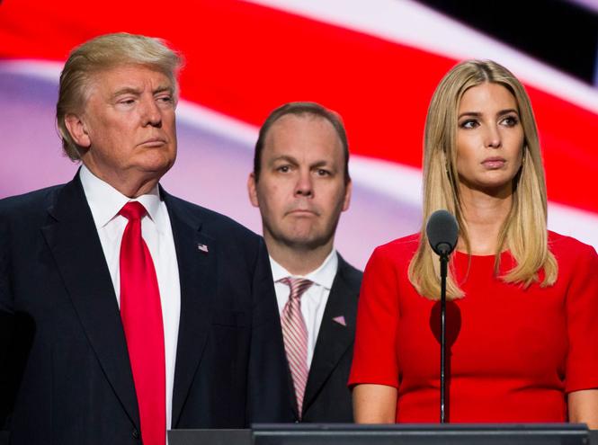 Фото №3 - Дональд Трамп познакомит Королеву со своей большой семьей