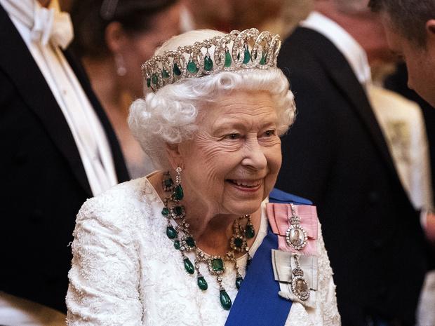 Фото №6 - Самые странные правила, которым обязаны следовать все члены королевской семьи