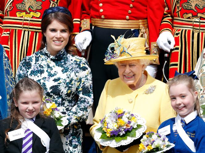 Фото №4 - От Дианы до герцогини Кейт: лучшие пасхальные образы королевских особ