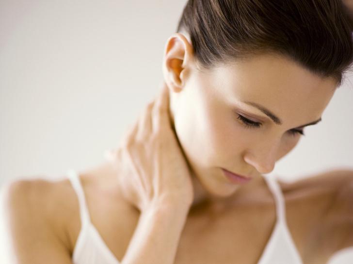 Фото №3 - Советы остеопата: как убрать холку на шее