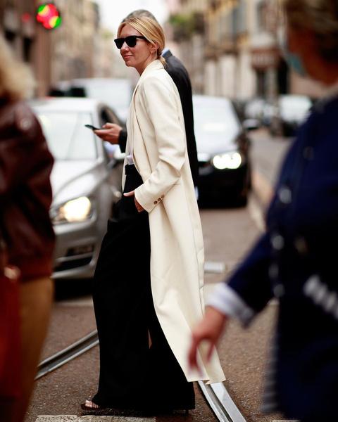 Фото №3 - Как одеваться осенью: 30 модных примеров звезд стритстайла на Неделе моды в Милане