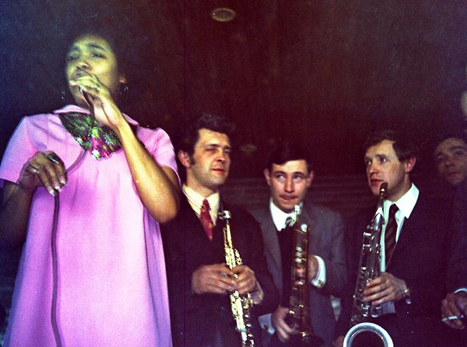 Фото №2 - Не пропустить: Джаз в «Гараже»