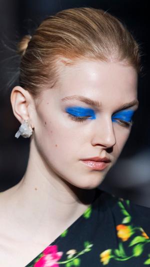 Фото №10 - Главные тренды макияжа осени и зимы 2020/21