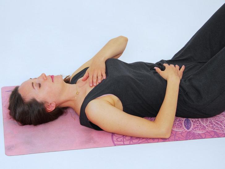 Фото №3 - 4 способа наладить гормональный баланс с помощью йоги