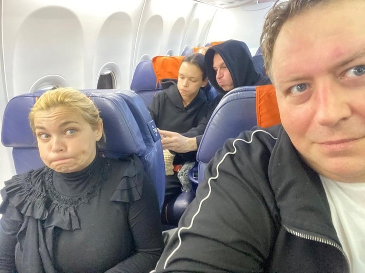 Фото №2 - Актер Дужников показал Паулину Андрееву без макияжа
