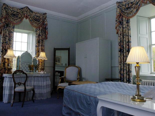 Фото №4 - Тайные комнаты: как выглядят спальни Виндзоров