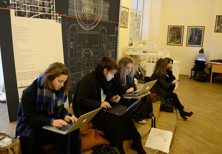 Фото №1 - Российских студентов планируют отчислять по совету искусственного интеллекта