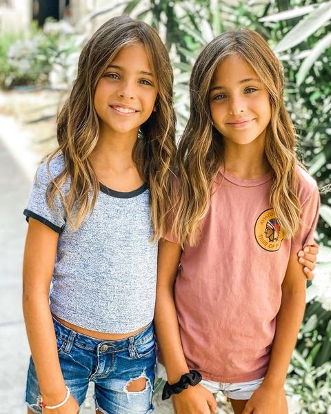 Фото №3 - Вместе навсегда: 20 нежнейших фото близнецов