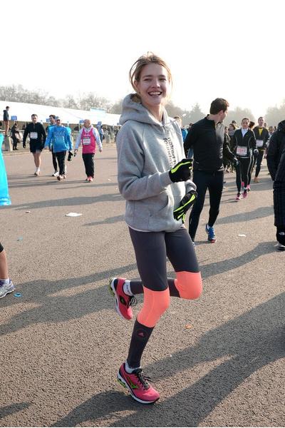 Наталья Водянова на благотворительной пробежке
