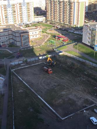 Фото №2 - Из центра «Яблонь» вывезли бетонные блоки: ранее прокуратура назначала их экспертизу