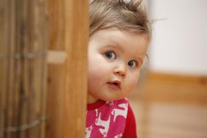 Фото №1 - Зачем ребенок подражает взрослым?
