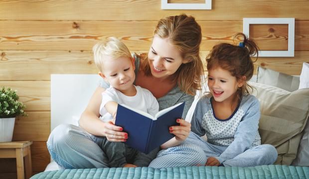Фото №1 - Берегите психику: 10 сказок из нашего детства, которые лучше не читать детям
