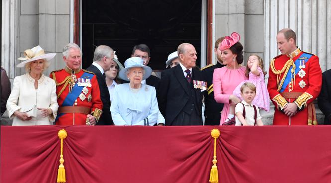 Фото №7 - Ее Высочество, принцесса Меган: основные правила протокола для новой виндзорской невесты