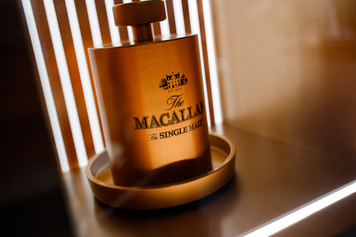 Фото №1 - Эксклюзивный бутик The Macallan теперь и в России