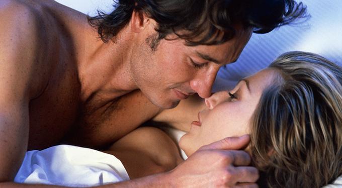 Стереотипы о сексуальности: для занятий сексом женщине необходимо любить