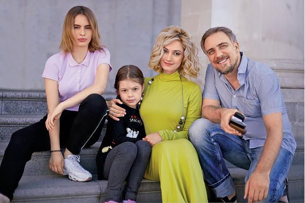 Фото №5 - Карина Мишулина: «Тимур Еремеев— никто нашей семье»