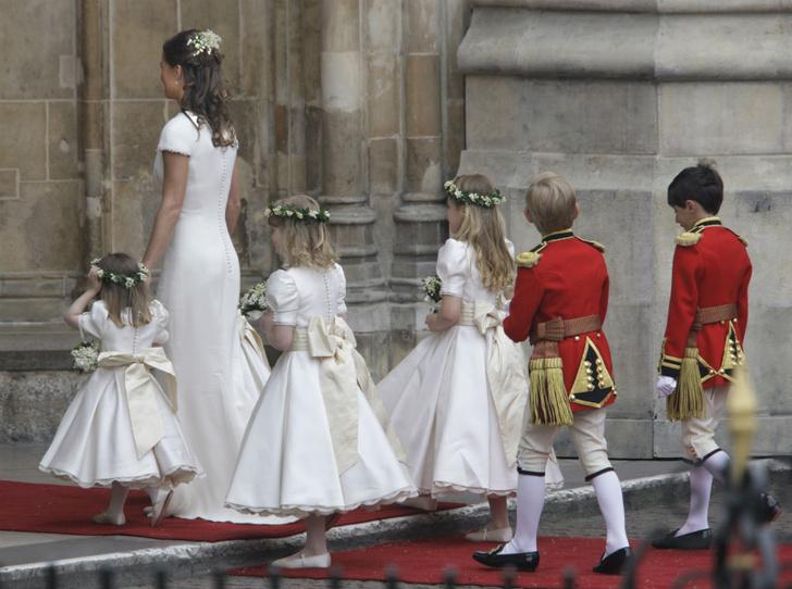 Фото №4 - Война герцогинь: из-за чего Кейт и Меган поссорились перед свадьбой Сассекских