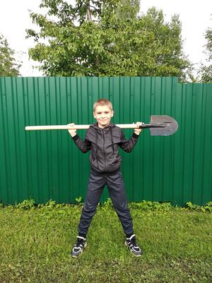 Фото №9 - Спорт на грядке: 5 крутых упражнений с лопатой