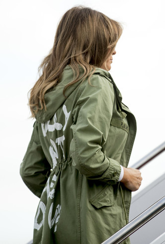 Фото №3 - Ты ─ то, что ты носишь: эпичный провал Мелании Трамп