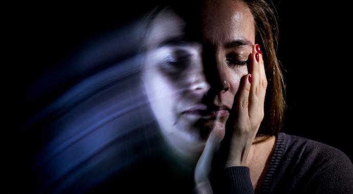 «Самое сложное — сохранять рассудок»: как жить с больным шизофренией