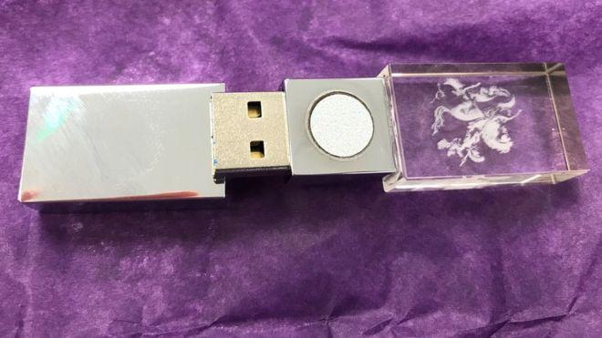 Фото №2 - В Великобритании начали продавать флешки для защиты от воздействия 5G