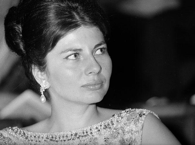 Фото №9 - Принцесса с грустными глазами: несбывшееся счастье Сорайи Бахтиари
