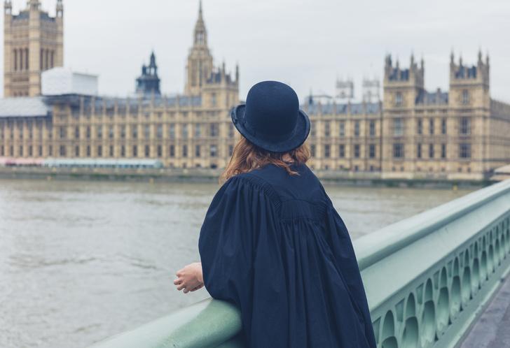 Фото №1 - СМИ рассказали о самых странных законах Великобритании