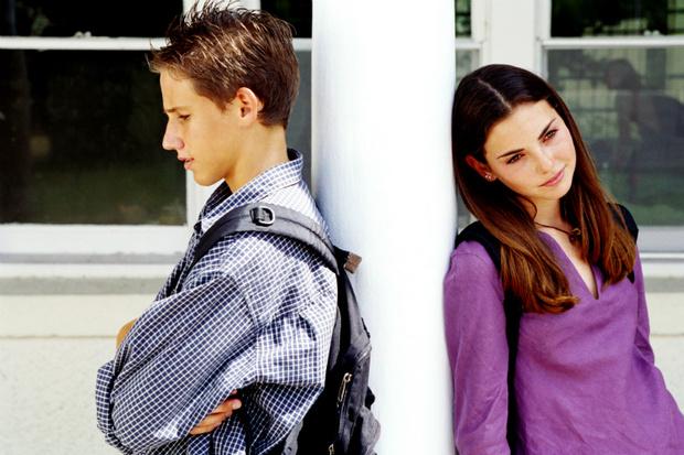 Фото №1 - Вопрос дня: Как дать понять мальчику, что он тебе не нравится?