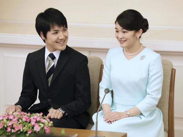 Фото №2 - Свадьба, которой может и не быть: почему принцесса Мако никак не выйдет замуж