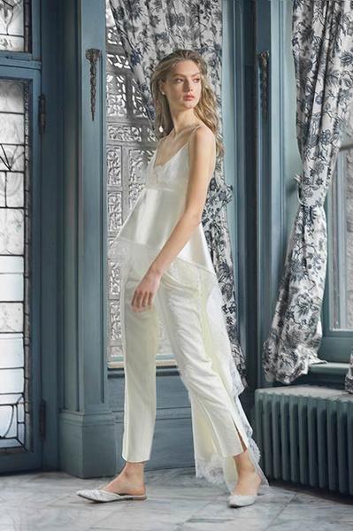 Фото №7 - Свадебная мода: выбираем платье для девушек с формами