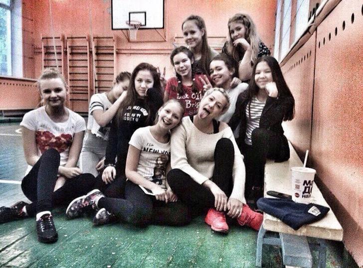 Фото №4 - «Педагог даже белье должен покупать на другом конце Москвы»: откровения учительницы, которой устроили травлю из-за фото в купальнике