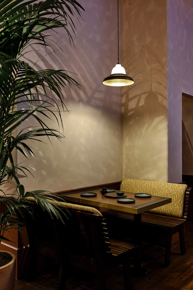 Фото №9 - Индийский ресторан Darjeeling Express в Лондоне