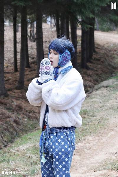 Фото №26 - Снежные ангелы: Big Hit Entertainment выложил 65 новых фото BTS 😍