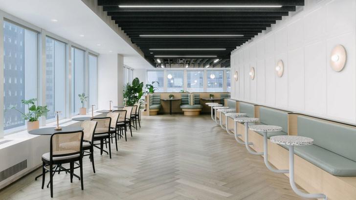 Фото №1 - Офис в светлых тонах в Нью-Йорке